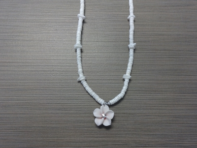 N-8513 - Fimo Flower on Clam Shell Necklace - White