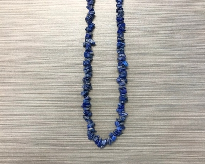 N-8254 - Single Strand Stone Chip Necklace - Blue Lapis