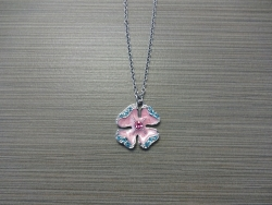 N-8526 - Enamel Inlay Hibiscus Pendant Necklace - Pink